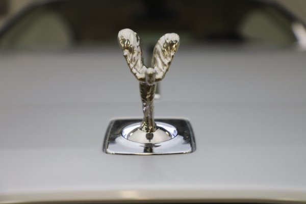 Used 2015 Rolls-Royce Wraith for sale $169,900 at Rolls-Royce Motor Cars Greenwich in Greenwich CT 06830 27