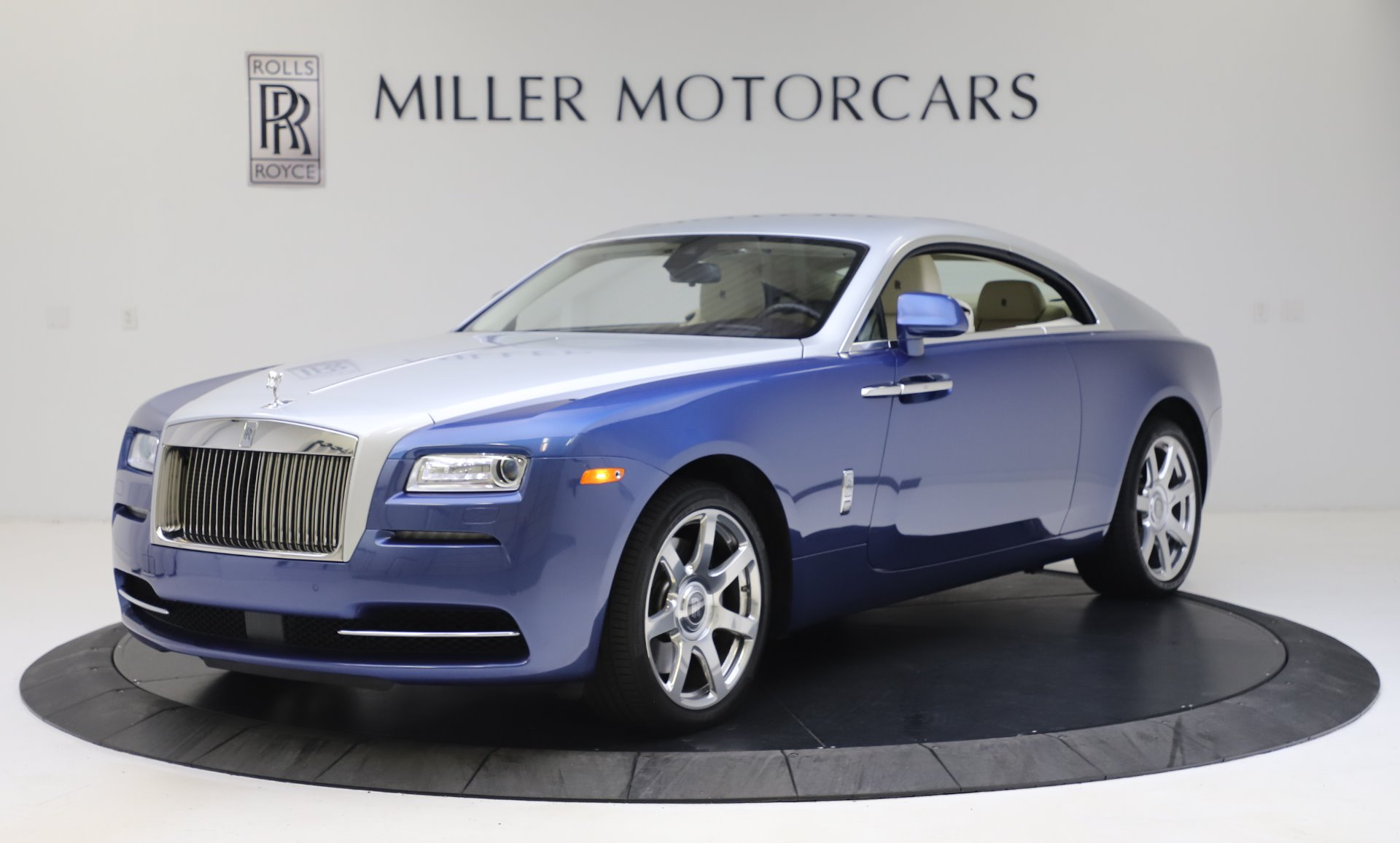 Used 2015 Rolls-Royce Wraith for sale $169,900 at Rolls-Royce Motor Cars Greenwich in Greenwich CT 06830 1