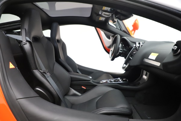 New 2020 McLaren GT Coupe for sale $246,975 at Rolls-Royce Motor Cars Greenwich in Greenwich CT 06830 20