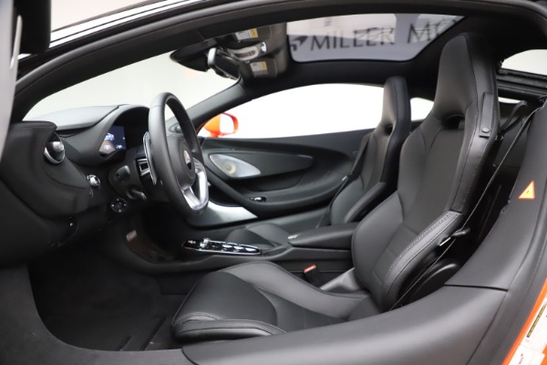 New 2020 McLaren GT Coupe for sale $246,975 at Rolls-Royce Motor Cars Greenwich in Greenwich CT 06830 22