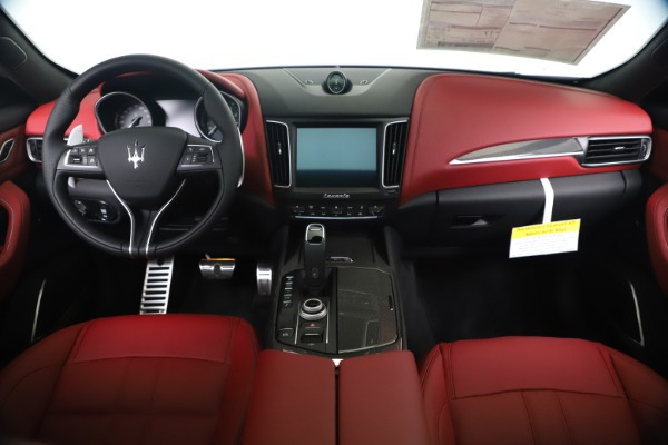 New 2020 Maserati Levante S Q4 GranSport for sale $101,535 at Rolls-Royce Motor Cars Greenwich in Greenwich CT 06830 16