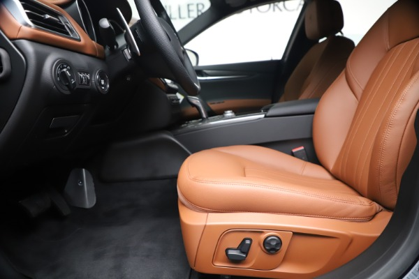 New 2020 Maserati Ghibli S Q4 for sale $85,535 at Rolls-Royce Motor Cars Greenwich in Greenwich CT 06830 14