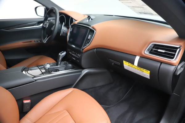 New 2020 Maserati Ghibli S Q4 for sale $85,535 at Rolls-Royce Motor Cars Greenwich in Greenwich CT 06830 22