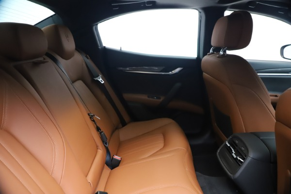 New 2020 Maserati Ghibli S Q4 for sale $85,535 at Rolls-Royce Motor Cars Greenwich in Greenwich CT 06830 27