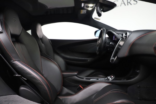 Used 2017 McLaren 570GT for sale $140,900 at Rolls-Royce Motor Cars Greenwich in Greenwich CT 06830 13