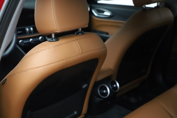Used 2020 Alfa Romeo Giulia Q4 for sale Sold at Rolls-Royce Motor Cars Greenwich in Greenwich CT 06830 18