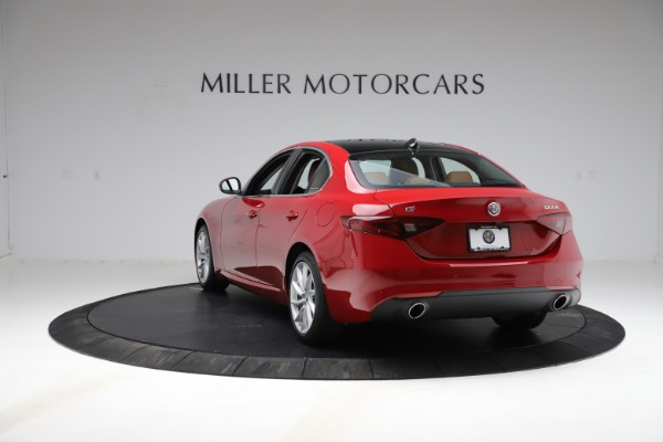 Used 2020 Alfa Romeo Giulia Q4 for sale Sold at Rolls-Royce Motor Cars Greenwich in Greenwich CT 06830 5