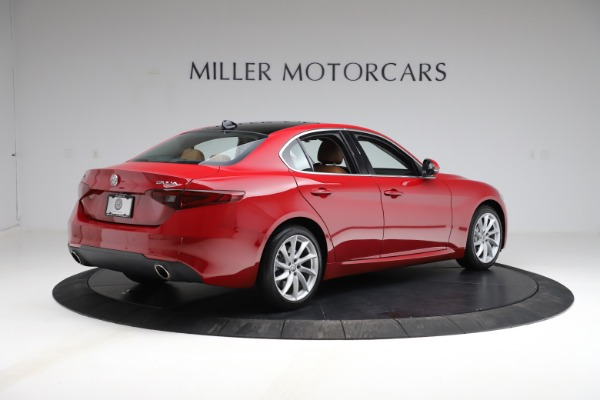 Used 2020 Alfa Romeo Giulia Q4 for sale Sold at Rolls-Royce Motor Cars Greenwich in Greenwich CT 06830 8