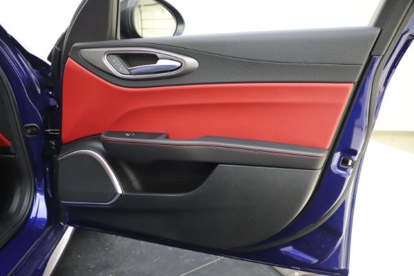 New 2020 Alfa Romeo Giulia Ti Sport Q4 for sale Sold at Rolls-Royce Motor Cars Greenwich in Greenwich CT 06830 24