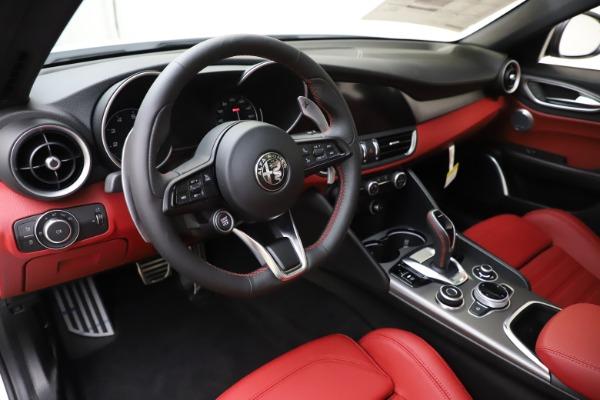 New 2020 Alfa Romeo Giulia Ti Sport Q4 for sale Call for price at Rolls-Royce Motor Cars Greenwich in Greenwich CT 06830 13