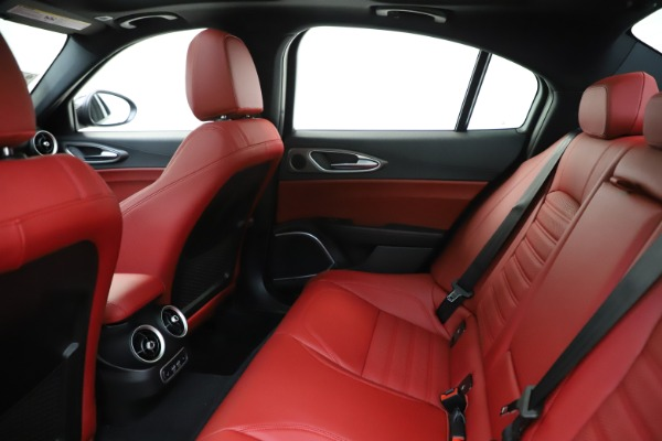 New 2020 Alfa Romeo Giulia Ti Sport Q4 for sale Call for price at Rolls-Royce Motor Cars Greenwich in Greenwich CT 06830 20