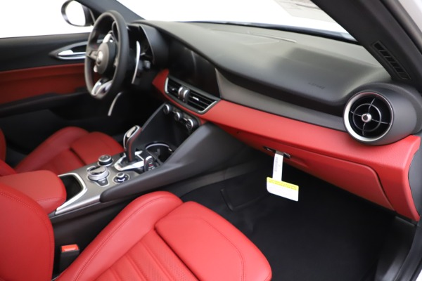 New 2020 Alfa Romeo Giulia Ti Sport Q4 for sale Call for price at Rolls-Royce Motor Cars Greenwich in Greenwich CT 06830 23