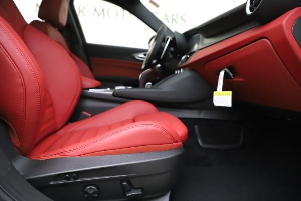 New 2020 Alfa Romeo Giulia Ti Sport Q4 for sale Call for price at Rolls-Royce Motor Cars Greenwich in Greenwich CT 06830 24