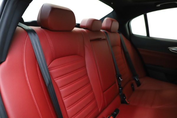New 2020 Alfa Romeo Giulia Ti Sport Q4 for sale Call for price at Rolls-Royce Motor Cars Greenwich in Greenwich CT 06830 27