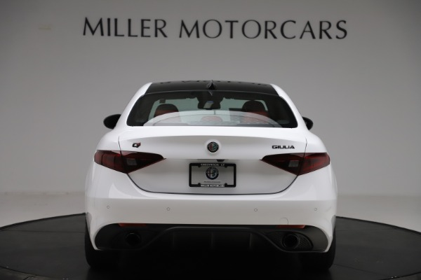 New 2020 Alfa Romeo Giulia Ti Sport Q4 for sale $51,995 at Rolls-Royce Motor Cars Greenwich in Greenwich CT 06830 6