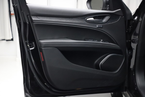 New 2020 Alfa Romeo Stelvio Q4 for sale $36,900 at Rolls-Royce Motor Cars Greenwich in Greenwich CT 06830 13