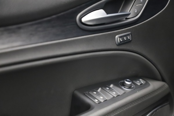 New 2020 Alfa Romeo Stelvio Q4 for sale $36,900 at Rolls-Royce Motor Cars Greenwich in Greenwich CT 06830 14