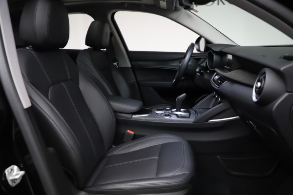 New 2020 Alfa Romeo Stelvio Q4 for sale $36,900 at Rolls-Royce Motor Cars Greenwich in Greenwich CT 06830 26