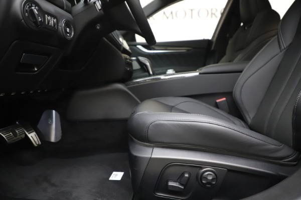 New 2019 Maserati Ghibli S Q4 GranSport for sale $100,695 at Rolls-Royce Motor Cars Greenwich in Greenwich CT 06830 14