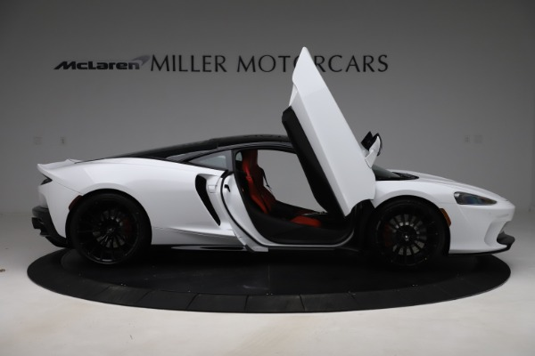 New 2020 McLaren GT Coupe for sale $257,242 at Rolls-Royce Motor Cars Greenwich in Greenwich CT 06830 15