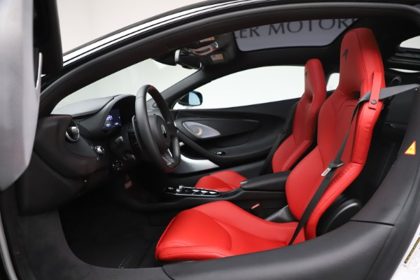 New 2020 McLaren GT Coupe for sale $257,242 at Rolls-Royce Motor Cars Greenwich in Greenwich CT 06830 22