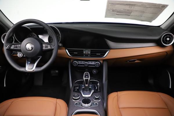 New 2020 Alfa Romeo Giulia Ti Q4 for sale $51,145 at Rolls-Royce Motor Cars Greenwich in Greenwich CT 06830 16