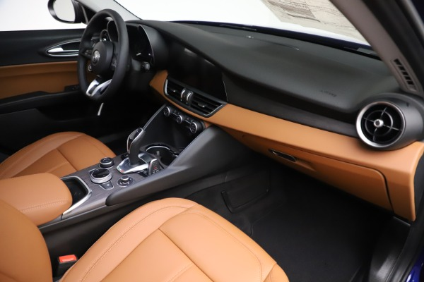 New 2020 Alfa Romeo Giulia Ti Q4 for sale $51,145 at Rolls-Royce Motor Cars Greenwich in Greenwich CT 06830 22