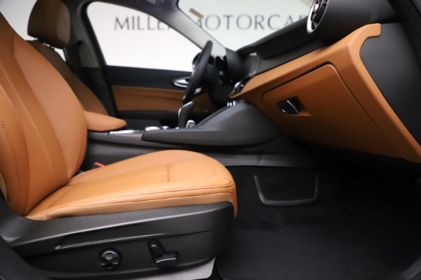 New 2020 Alfa Romeo Giulia Ti Q4 for sale $51,145 at Rolls-Royce Motor Cars Greenwich in Greenwich CT 06830 23