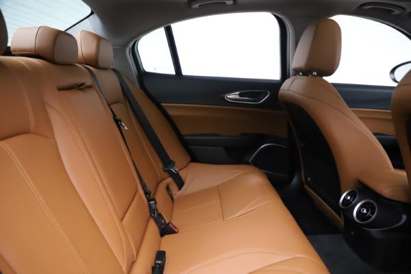 New 2020 Alfa Romeo Giulia Ti Q4 for sale $51,145 at Rolls-Royce Motor Cars Greenwich in Greenwich CT 06830 27
