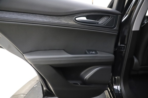 New 2020 Alfa Romeo Stelvio Sport Q4 for sale $49,695 at Rolls-Royce Motor Cars Greenwich in Greenwich CT 06830 21