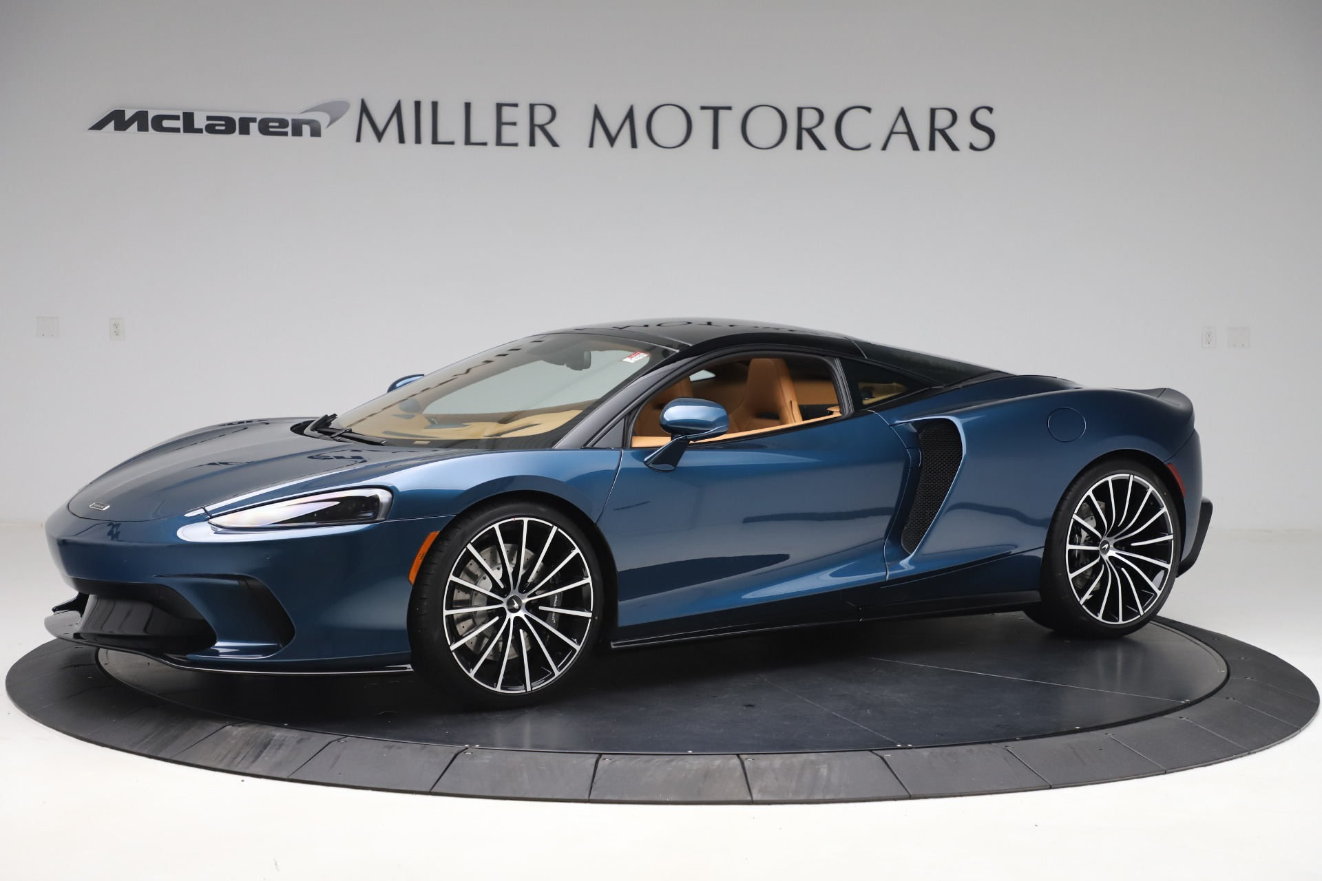 Used 2020 McLaren GT Luxe for sale $209,990 at Rolls-Royce Motor Cars Greenwich in Greenwich CT 06830 1