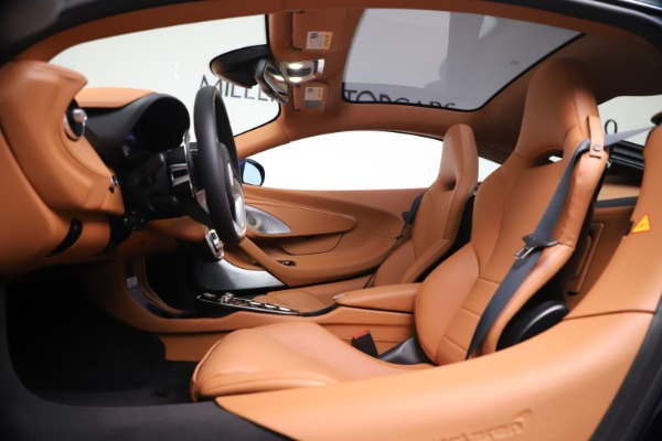 New 2020 McLaren GT Coupe for sale $244,675 at Rolls-Royce Motor Cars Greenwich in Greenwich CT 06830 16