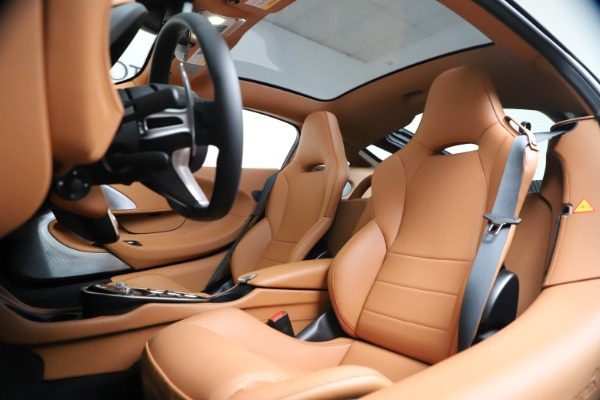 New 2020 McLaren GT Coupe for sale $244,675 at Rolls-Royce Motor Cars Greenwich in Greenwich CT 06830 17