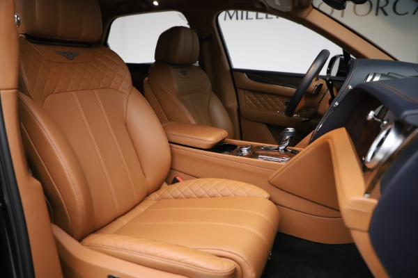 Used 2017 Bentley Bentayga W12 for sale Sold at Rolls-Royce Motor Cars Greenwich in Greenwich CT 06830 20