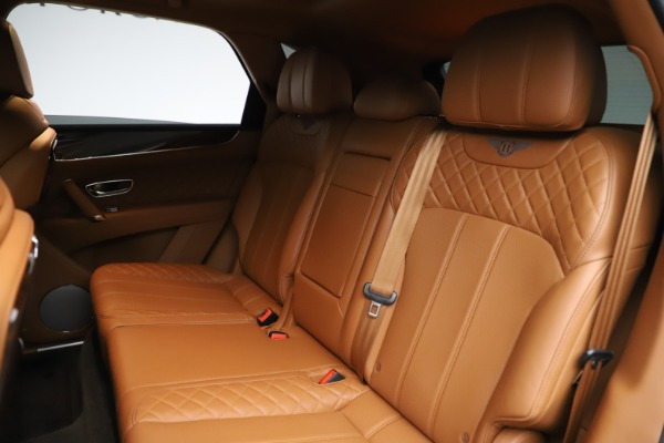 Used 2017 Bentley Bentayga W12 for sale Sold at Rolls-Royce Motor Cars Greenwich in Greenwich CT 06830 23