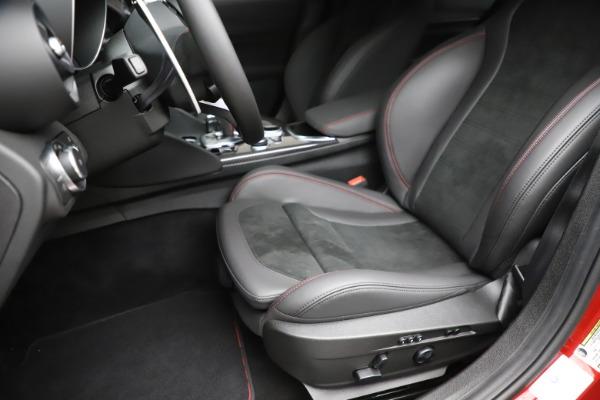 New 2020 Alfa Romeo Giulia Quadrifoglio for sale Sold at Rolls-Royce Motor Cars Greenwich in Greenwich CT 06830 15