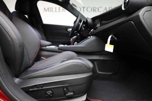 New 2020 Alfa Romeo Giulia Quadrifoglio for sale Sold at Rolls-Royce Motor Cars Greenwich in Greenwich CT 06830 23