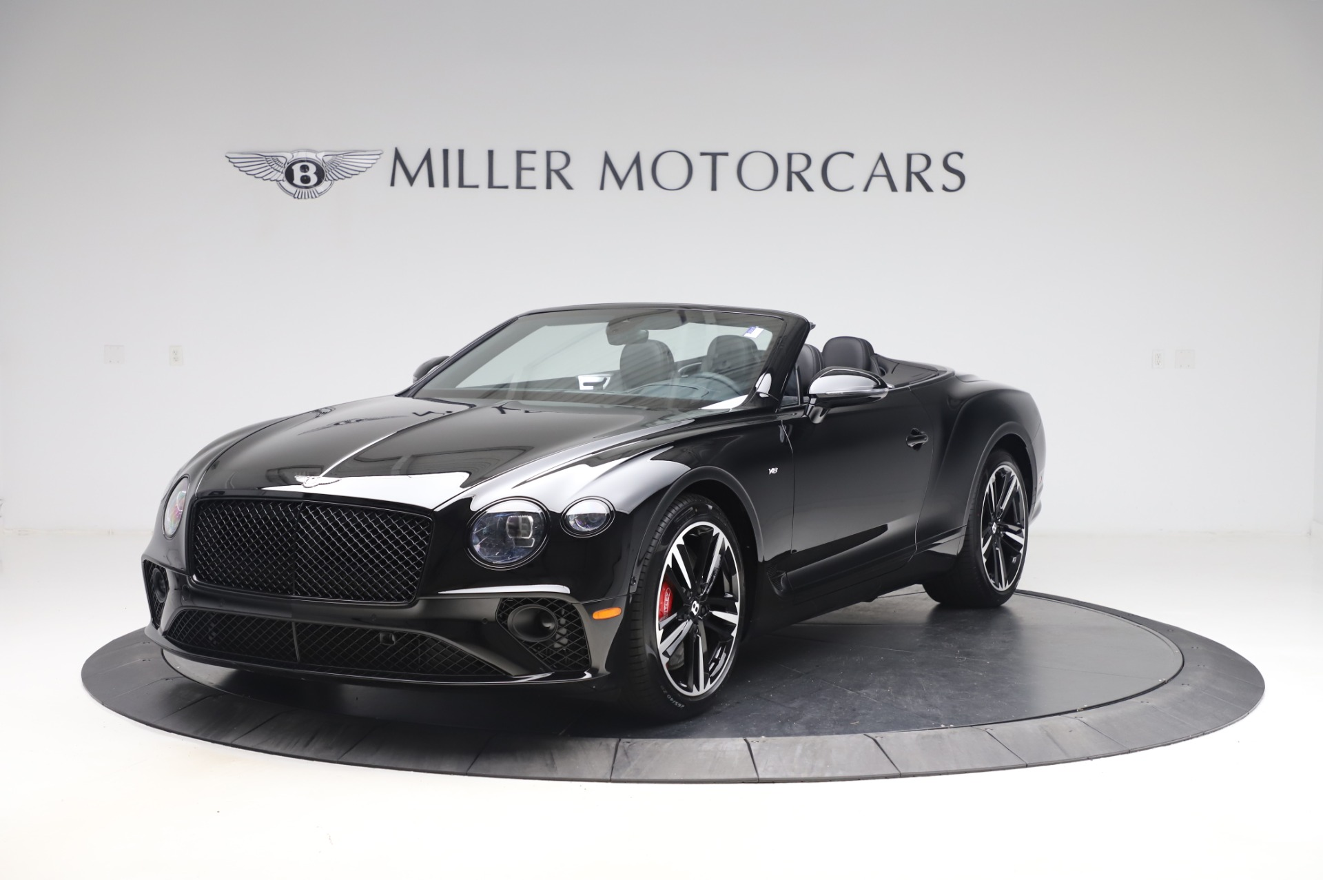 New 2020 Bentley Continental GTC V8 for sale $255,605 at Rolls-Royce Motor Cars Greenwich in Greenwich CT 06830 1