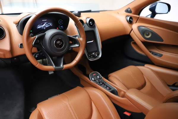 Used 2017 McLaren 570S for sale $149,900 at Rolls-Royce Motor Cars Greenwich in Greenwich CT 06830 13