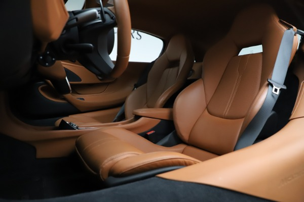 Used 2017 McLaren 570S for sale $149,900 at Rolls-Royce Motor Cars Greenwich in Greenwich CT 06830 15