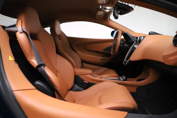 Used 2017 McLaren 570S for sale $149,900 at Rolls-Royce Motor Cars Greenwich in Greenwich CT 06830 19