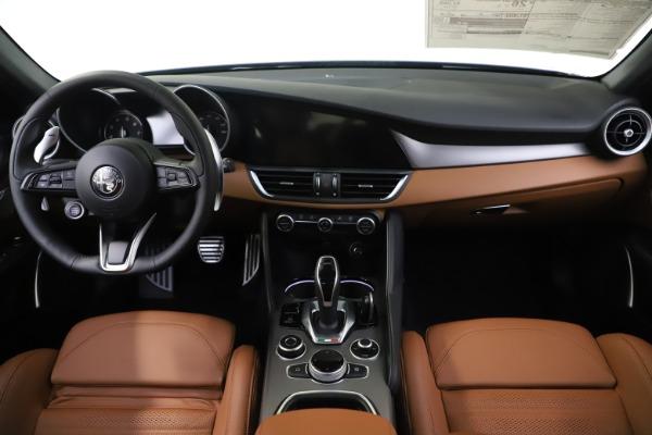 New 2020 Alfa Romeo Giulia Ti Sport Q4 for sale $54,995 at Rolls-Royce Motor Cars Greenwich in Greenwich CT 06830 16