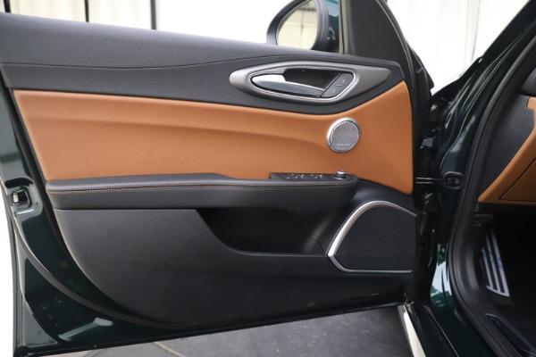 New 2020 Alfa Romeo Giulia Ti Sport Q4 for sale $54,995 at Rolls-Royce Motor Cars Greenwich in Greenwich CT 06830 17