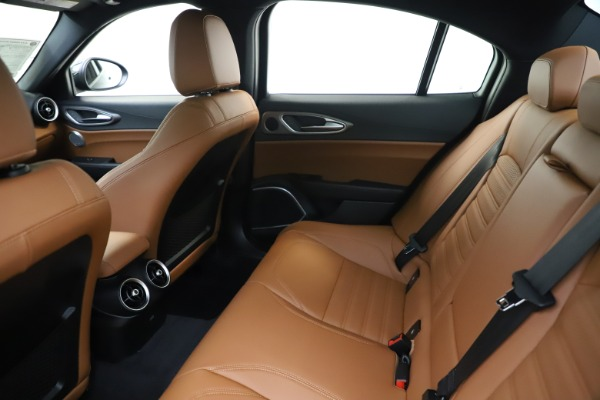 New 2020 Alfa Romeo Giulia Ti Sport Q4 for sale $54,995 at Rolls-Royce Motor Cars Greenwich in Greenwich CT 06830 19