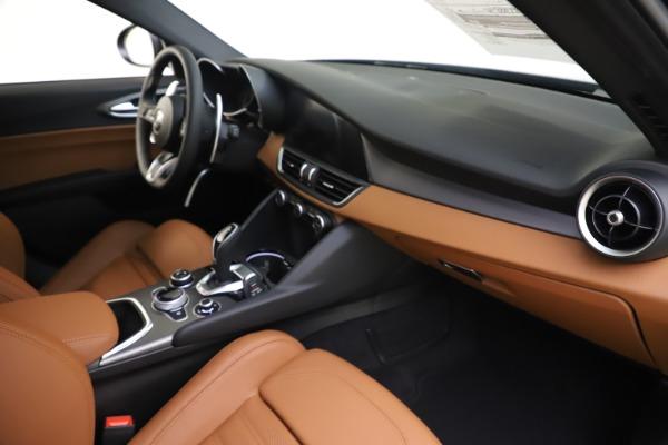 New 2020 Alfa Romeo Giulia Ti Sport Q4 for sale $54,995 at Rolls-Royce Motor Cars Greenwich in Greenwich CT 06830 22