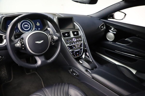 Used 2017 Aston Martin DB11 V12 for sale $129,900 at Rolls-Royce Motor Cars Greenwich in Greenwich CT 06830 13