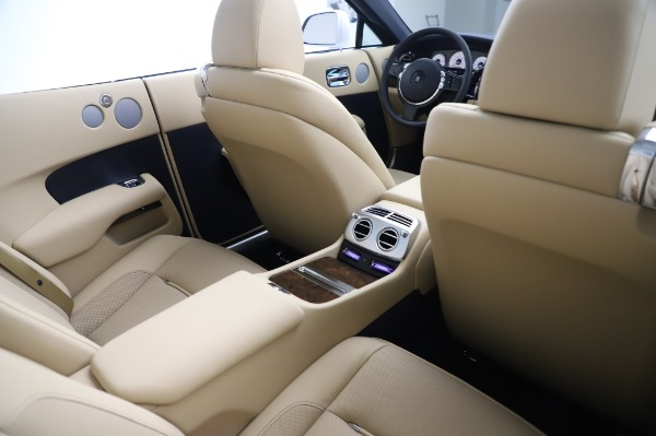 New 2020 Rolls-Royce Dawn for sale Sold at Rolls-Royce Motor Cars Greenwich in Greenwich CT 06830 24