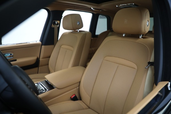 Used 2020 Rolls-Royce Cullinan for sale Call for price at Rolls-Royce Motor Cars Greenwich in Greenwich CT 06830 13