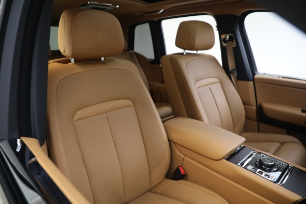 Used 2020 Rolls-Royce Cullinan for sale Call for price at Rolls-Royce Motor Cars Greenwich in Greenwich CT 06830 14