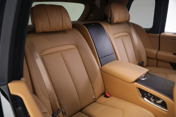 Used 2020 Rolls-Royce Cullinan for sale Call for price at Rolls-Royce Motor Cars Greenwich in Greenwich CT 06830 17